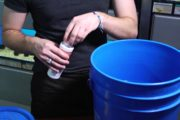 How to Purify Tap Water for Your Aquarium : Aquariums & Fish Care...